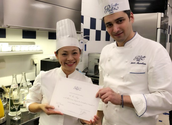 巴黎麗池廚藝學院 張同學給嚮法學員的ㄧ句話:「堅持自己的夢想,就比昨日更靠近成功。」